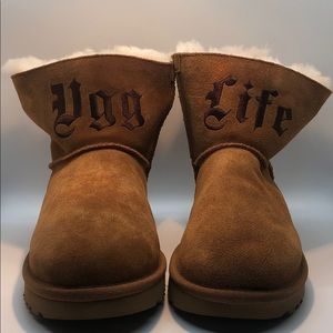 "NEW Women's  Limited Edition ""Ugg Life"" Short Boot"